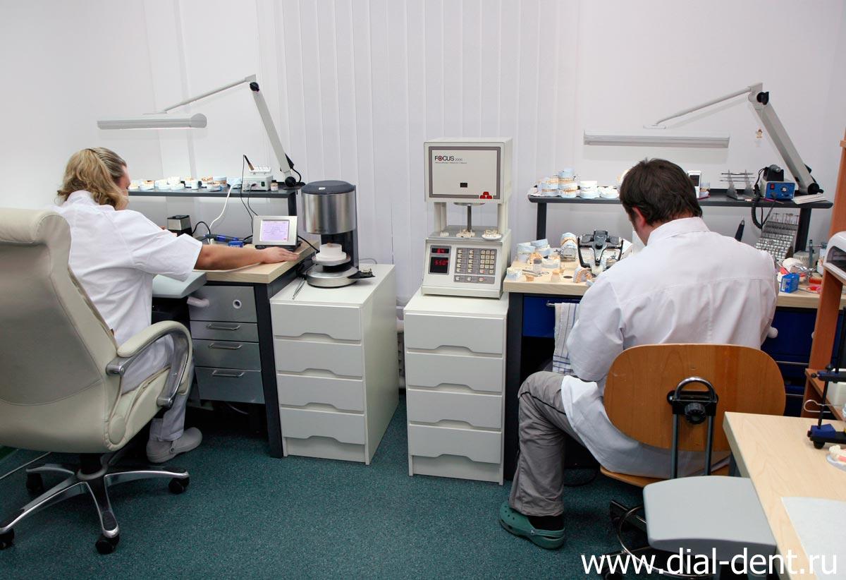 изготовление вкладки в зуб